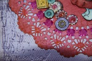 button girl2